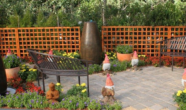 Post modern design a garden the home channel Home channel gardening