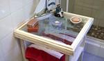 bathroom-table