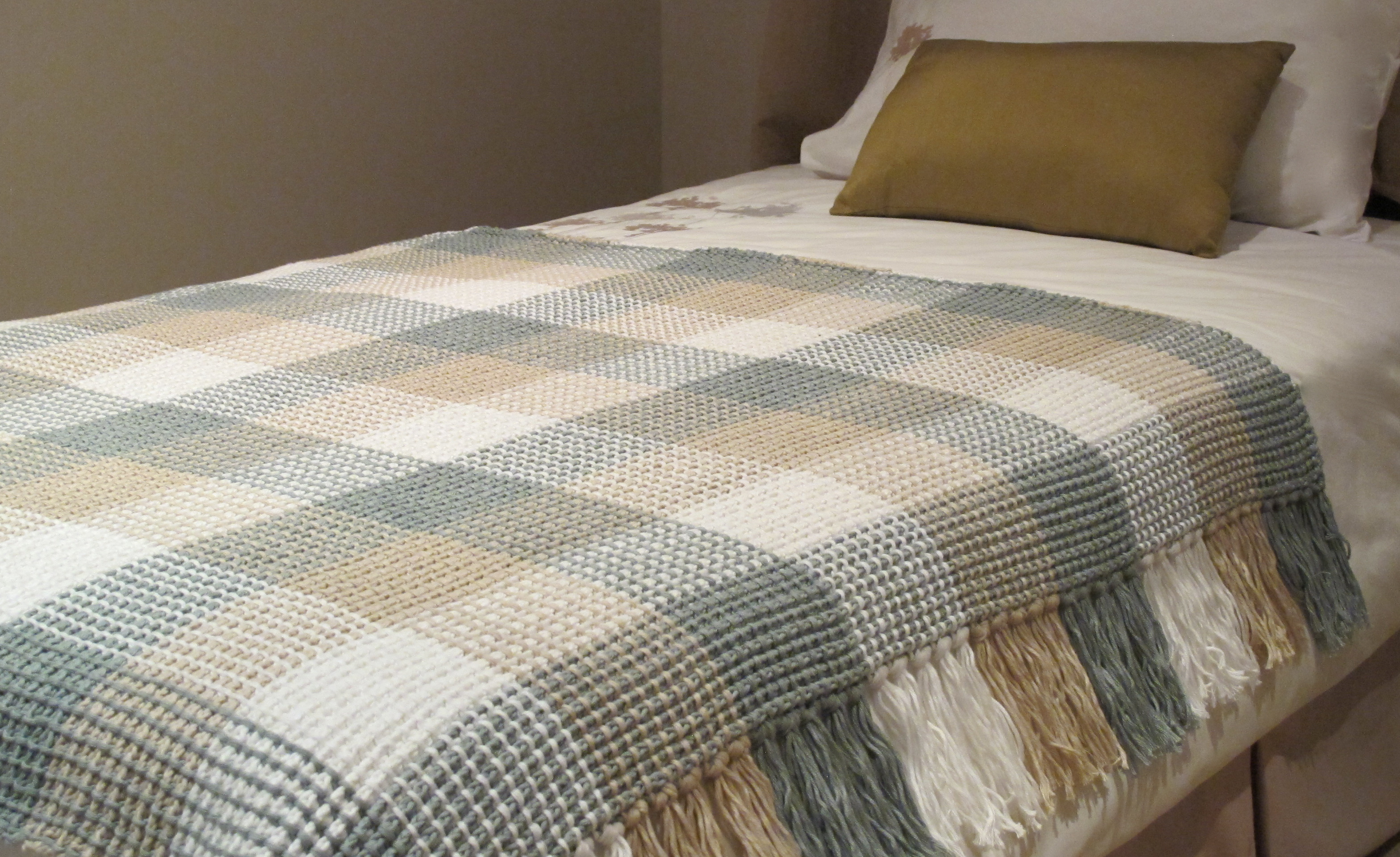 Crochet – Gingham Blanket : Competitions : The Home Channel